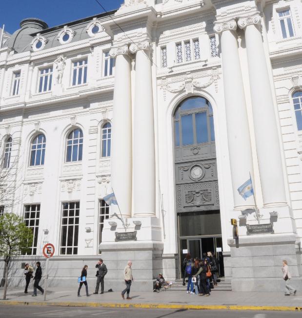 Este jueves continuarán las medidas de fuerza de los empleados del Banco Nación