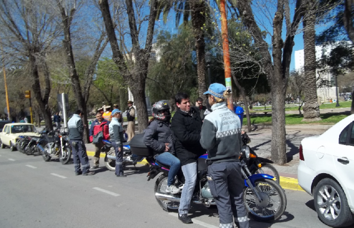 49 motos y dos vehículos fueron demorados y remitidos a los galpones municipales