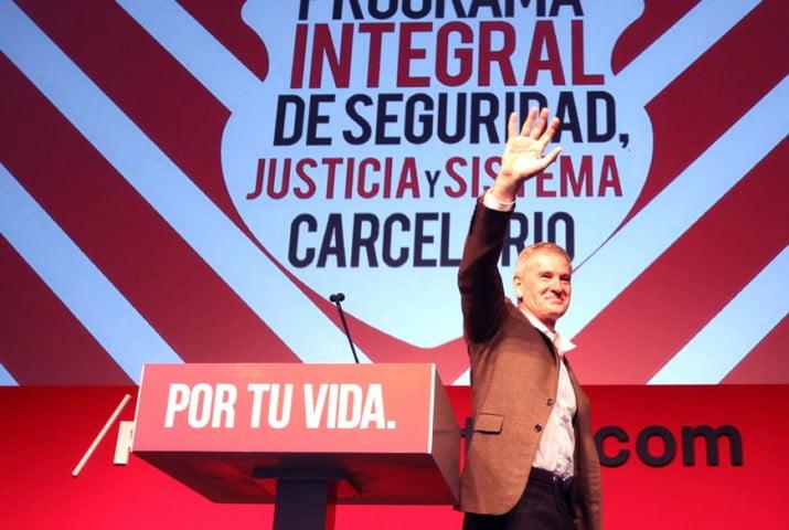 """""""La década la ganaron los delincuentes"""", dijo en La Plata Francisco De Narváez"""