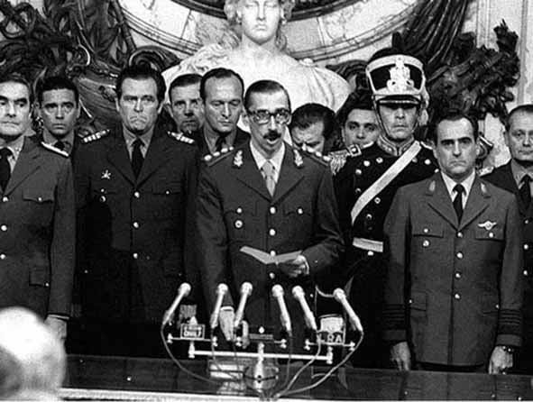 Argentina, a un paso de investigar a bancos por créditos a la dictadura