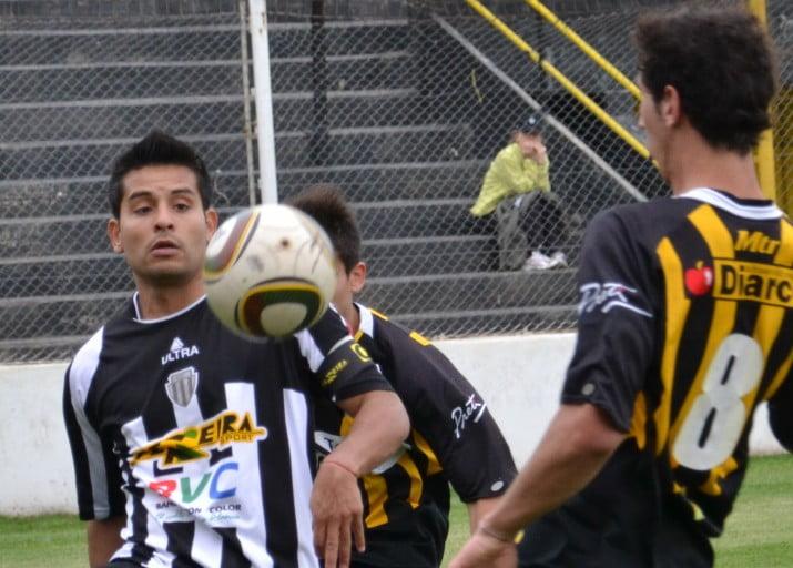 Liniers y Olimpo igualaron 1-1