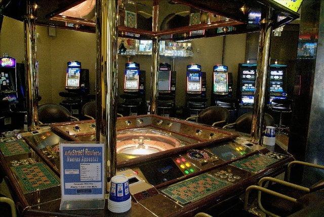 Bingo: Ganó en la ruleta, no le pagaron se enojó y terminó preso