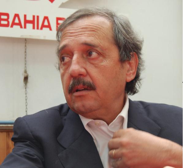 Ricardo Alfonsín se bajó de la pelea presidencial
