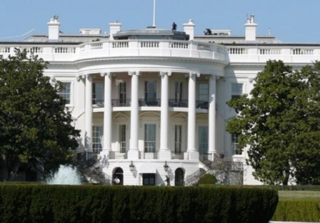 Cronología de una crisis que acorraló al gobierno de Obama