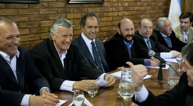 """El PJ respaldó la conducción de CFK y llamó """"a votar por el oficialismo"""" en octubre"""