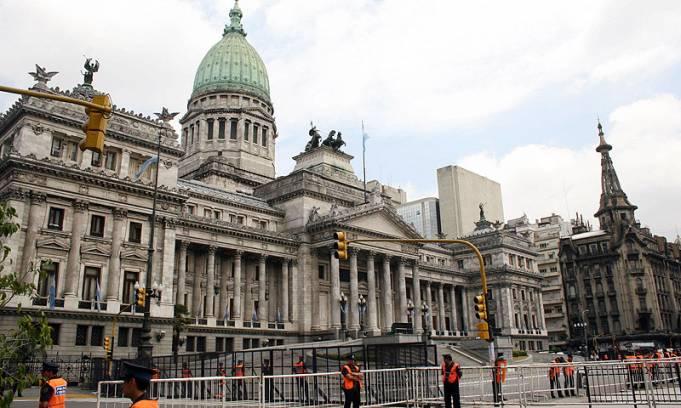 El Poder Ejecutivo prorrogó las sesiones ordinarias del Congreso