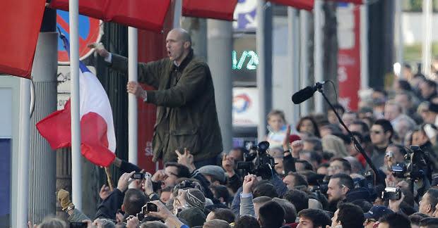 Setenta detenidos en protestas contra Hollande en el día del armisticio