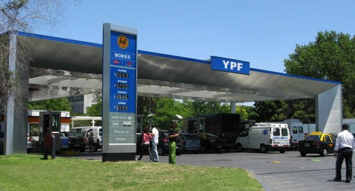 Subió la nafta e YPF mantiene el precio más bajo del mercado