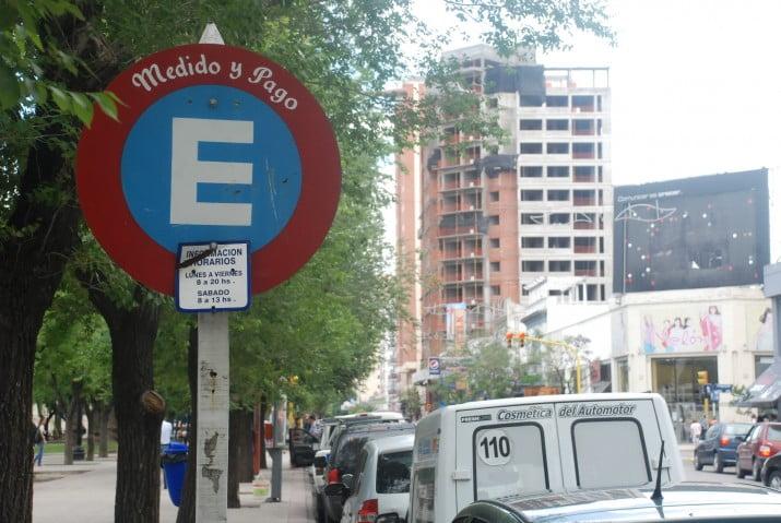 Dos empresas interesadas en el nuevo sistema de estacionamiento