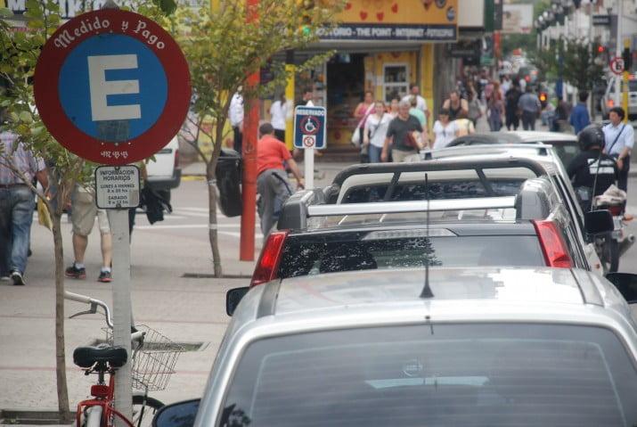 Cómo funcionará el nuevo servicio de estacionamiento medido en la ciudad