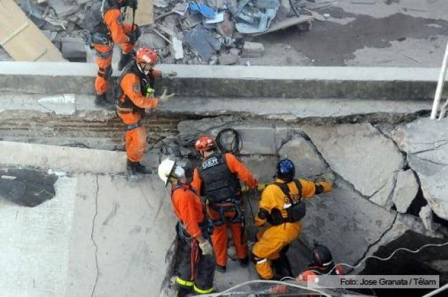 Explosión en Rosario: encontraron 35.000 dólares mientras demolían el edificio