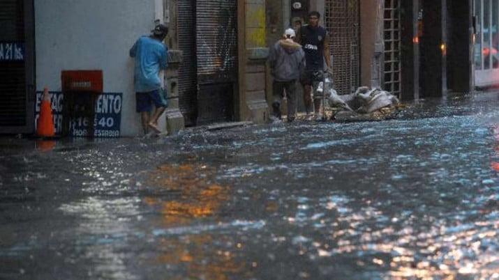 Declaran la emergencia ambiental en Córdoba: hay 54 evacuados