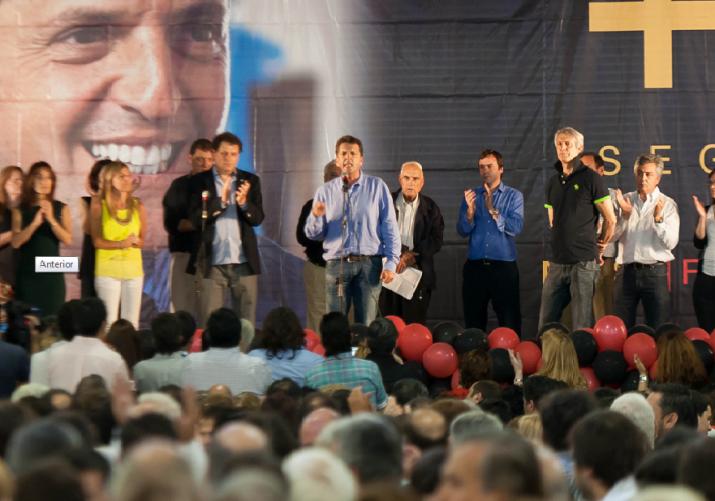 """Massa en Bahía Blanca: """"Algunos dirigentes viven en un frasco"""""""