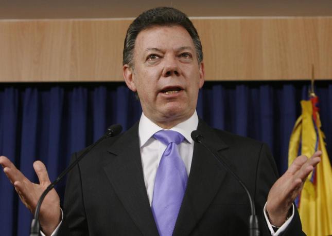 Santos oficializó su candidatura a la reelección presidencial en Colombia