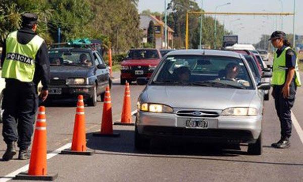 """El operativo de seguridad vial """"Verano 2014″ tendrá 100 puestos de control"""