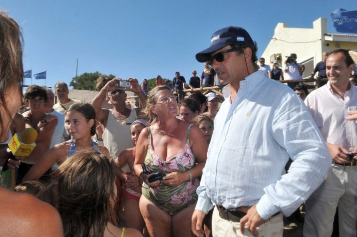 """Scioli pidió """"responsabilidad"""" a los empresarios turísticos"""