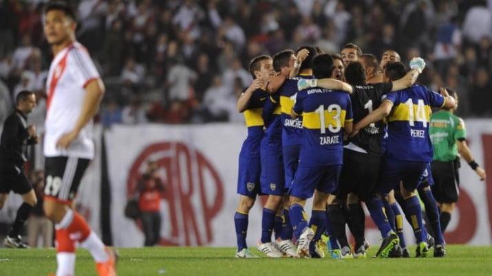 Superclásico: Con titulares se enfrentan Boca y River