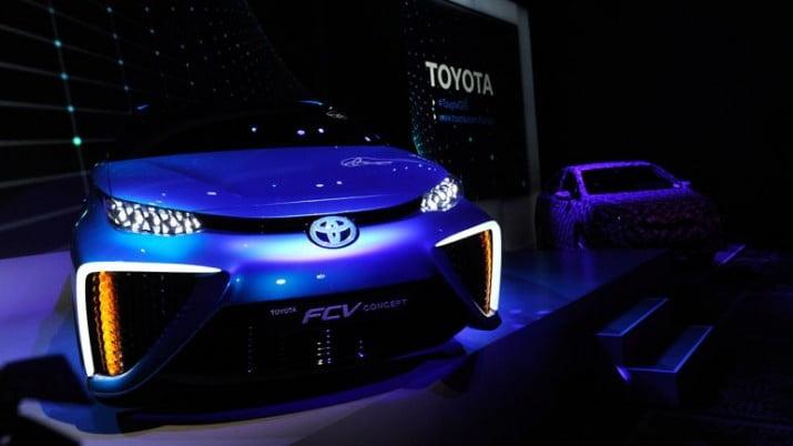 Toyota lanzará sus autos impulsados por hidrógeno en 2015