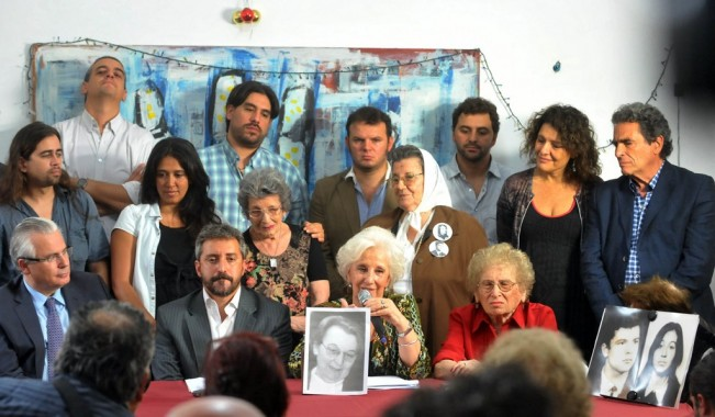 Las Abuelas de Plaza de Mayo anunciaron a la nieta recuperada 110