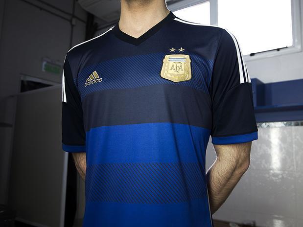 La Selección ya tiene camiseta suplente
