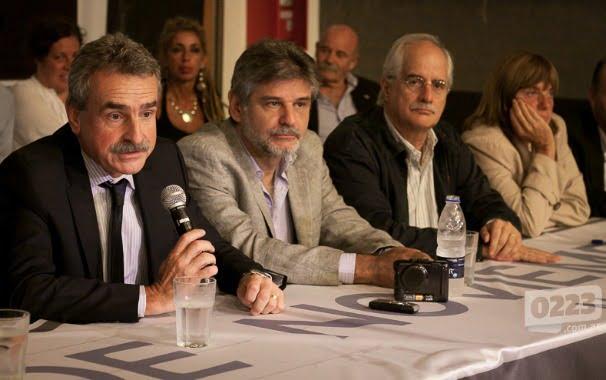 Kirchneristas irrumpen en zona de campaña de Scioli