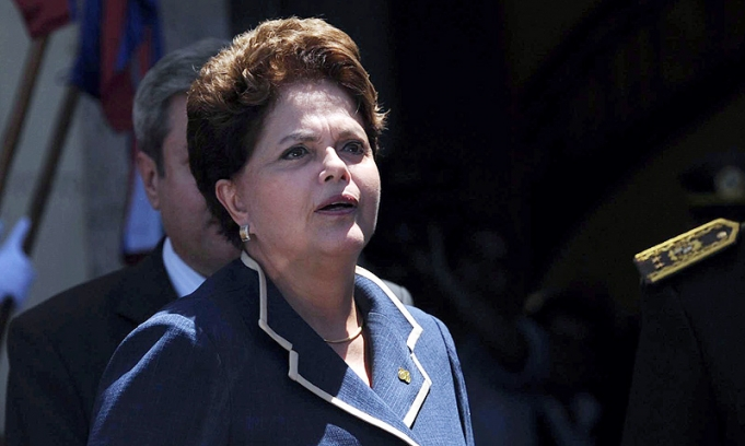 Otros dos ministros de Rousseff dejan su cargo para salir de campaña