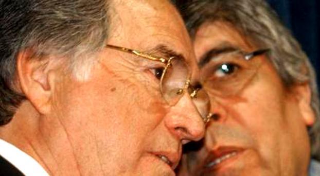 Con consignas intimidantes contra Caló, se reúnen Moyano y Barrionuevo