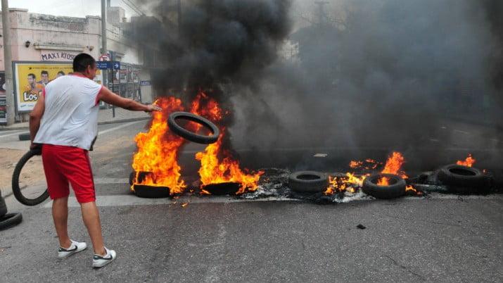 Crece el debate por la propuesta para regular las protestas en las calles