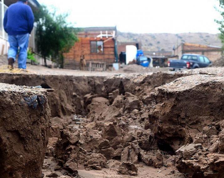 Son 3 mil las personas evacuadas por temporales en siete provincias