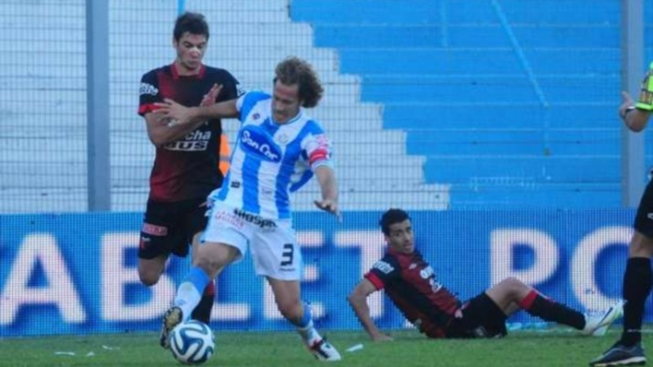 Colón malogró un penal, sólo igualó con Atlético Rafaela