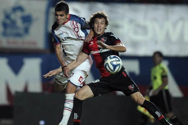 San Lorenzo empató y no logró achicar la distancia con Estudiantes