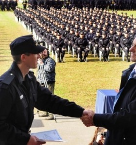 Los municipios reclutarán aspirantes para integrar las policías locales