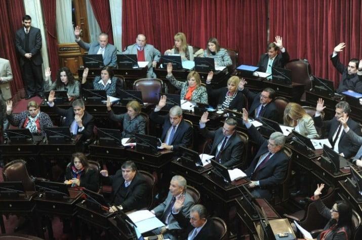 El Senado aprobó el proyecto que busca proteger los dólares del Banco Central