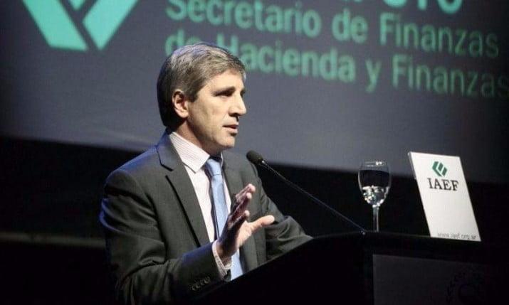 """Caputo anunció que en 2018 el Gobierno tomará """"un poco menos de deuda"""""""