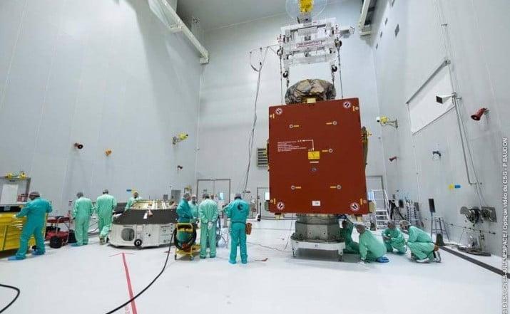 Construirán un tercer satélite