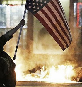 Los Ángeles: una noche con toque de queda tras los disturbios