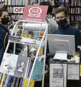 Librerías al borde del colapso: anticipan quiebras por nuevas restricciones
