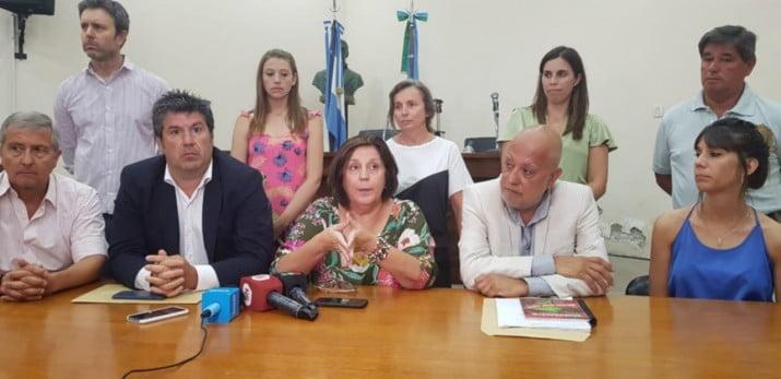 """""""Juntos por el Cambio abandona a las y los bonaerenses"""""""
