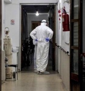 Coronavirus: 209 fallecidos y récord de 7663 nuevos casos en la Argentina