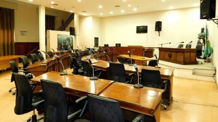 No convocarán a funcionarios por el aumento de casos de COVID
