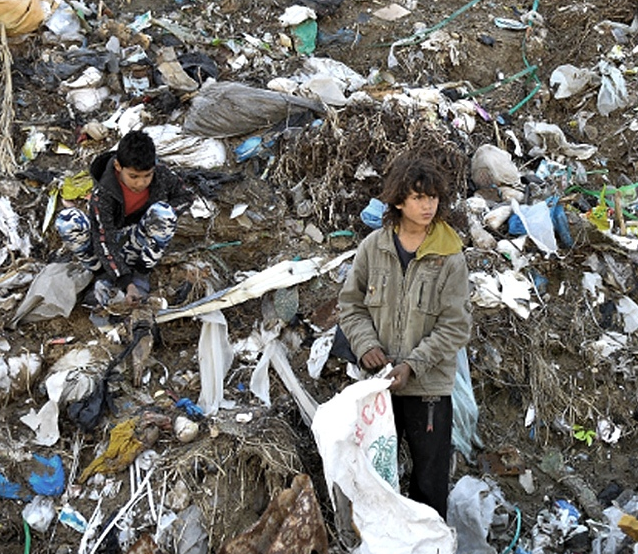 Uno de cada seis niños vive en la pobreza extrema