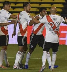 River, victoria en Rosario y la cima en soledad