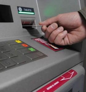 Este viernes no abren bancos y la atención será a través de homebanking
