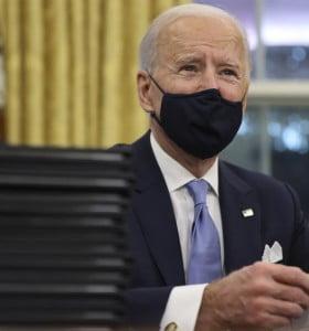 En horas, Biden comenzó a deshacerse de la pesada herencia de Trump