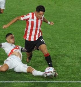 Agónico triunfo de Estudiantes sobre River en el arranque de la Copa