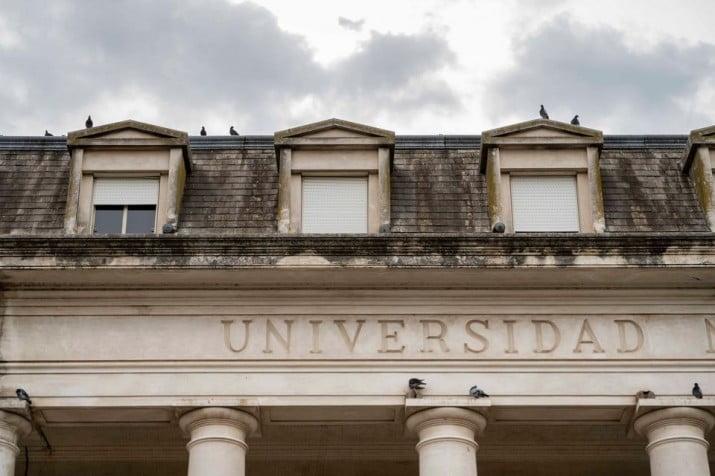 Las universidades públicas de todo el país funcionarán con un sistema mixto