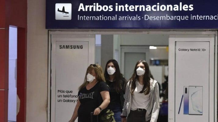 Prorrogan el cierre de fronteras de países limítrofes y del Reino Unido