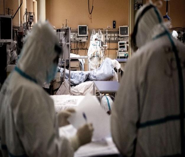 Casi 6 de cada 10 internados por coronavirus en terapia intensiva son menores de 60 años