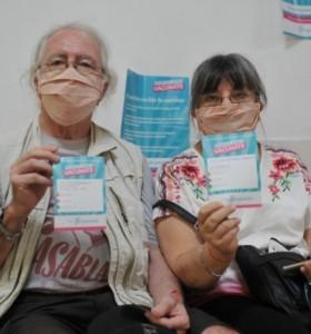 Provincia de Buenos Aires vacunará a los mayores de 60 años que hayan perdido el turno