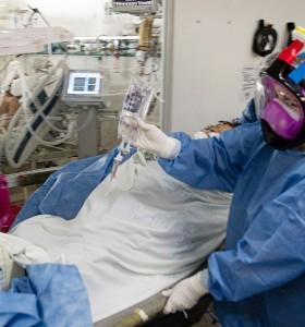 Coronavirus: la curva de fallecidos no cede, 448 muertos en 24 horas